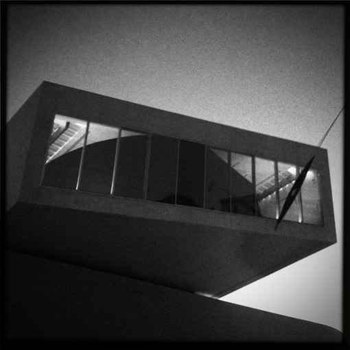 7-Maxxi-Before_Night_Falls-lr